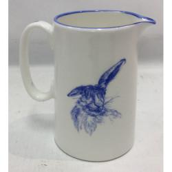 Muffet Monro-1/2 pint jug blue/white - Hare sitting