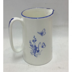 Muffet Monro-1 pint jug blue/white - Boxing hares